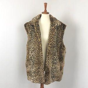 VINTAGE | Reversible Faux Fur Leopard Vest